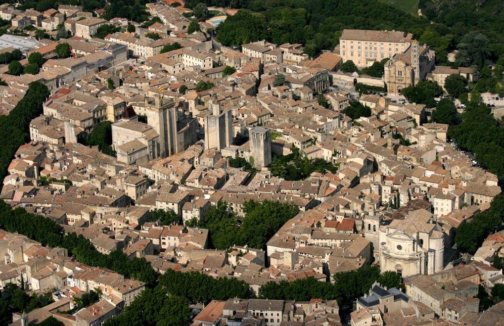 Photo aérienne Uzès dans le Gard